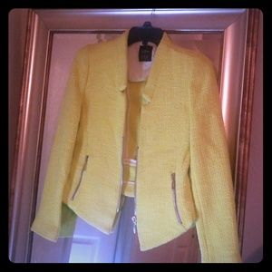 Beautiful blazer,   that  is neon yellow.